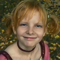 Autumn-Girl by LadyTaranie