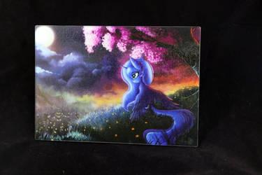Luna cutting board by Art-N-Prints