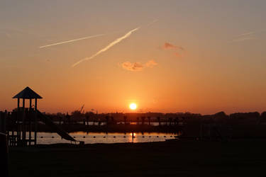 Now the sun is sinking low by thomasVanDijk