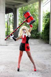 Harley Quinn cosplay by Naomi-VonKreeps