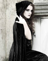 gothic girl by nik300