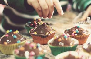Chocolate Cupcakes by RioTAngiE
