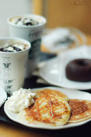 Pancakes and frapuccino by RioTAngiE