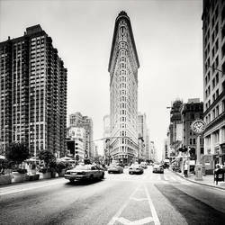 Flatiron Building by xMEGALOPOLISx