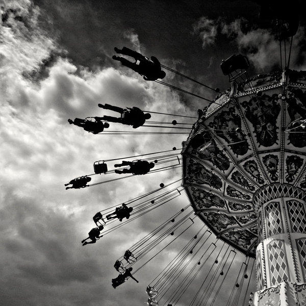 Paris Merry-Go-Round by xMEGALOPOLISx