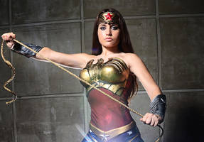 Wonder Woman Injustice by joulii91