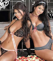 Camila and Mariana Davalos by banglask8trboi15