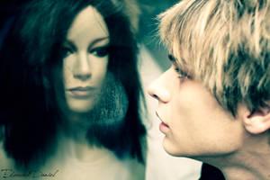 kiss me. please. stab my lips. by ghostliki