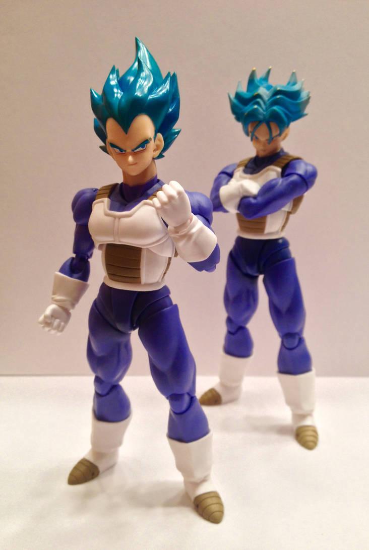 Super Saiyan Blue Vegeta and Trunks by Johnny-E