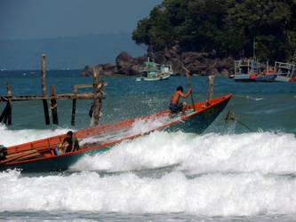 Koh Rong Samloem Waves by beckhamsoccer23