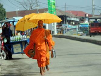 Khmer Monks by beckhamsoccer23