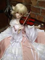 Violin by GuteNachtKuss