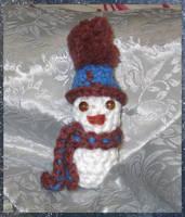 Tiny Crocheted Snowman by NekoMarik