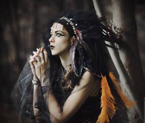 Black Queen by MariannaInsomnia