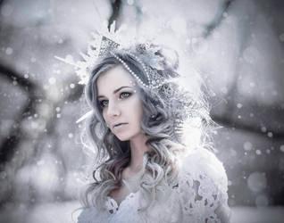 Frozen by MariannaInsomnia