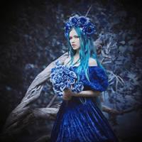 Blue Roses by MariannaInsomnia