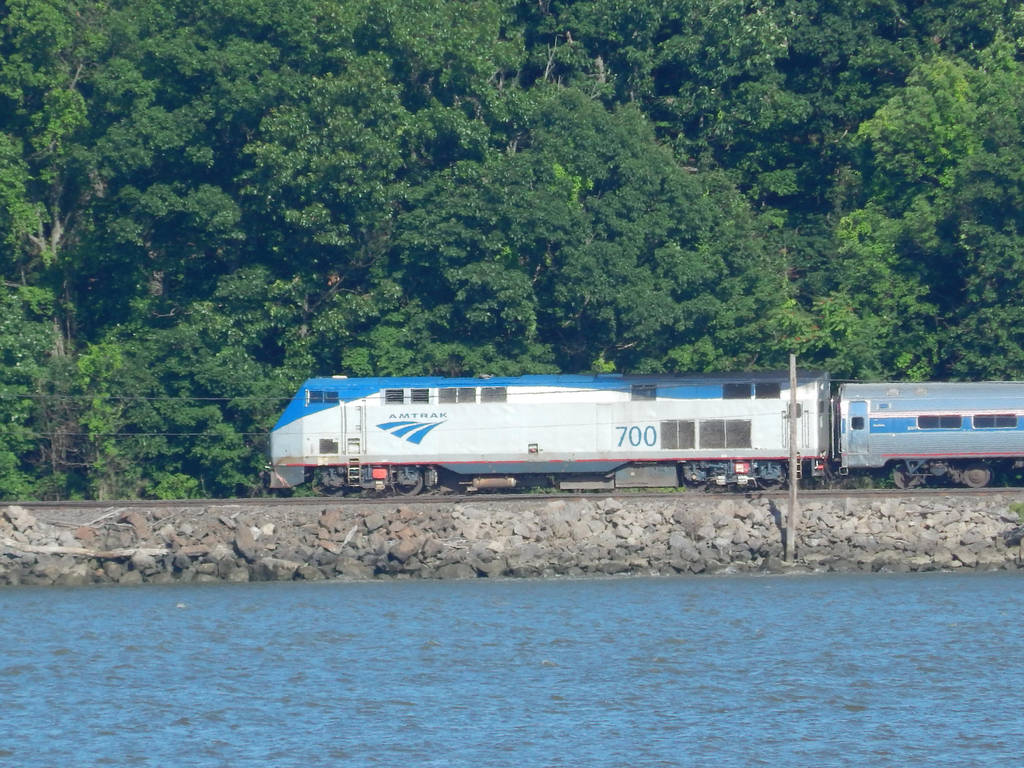 Amtrak P32ACDM #700 by Tracksidegorilla1