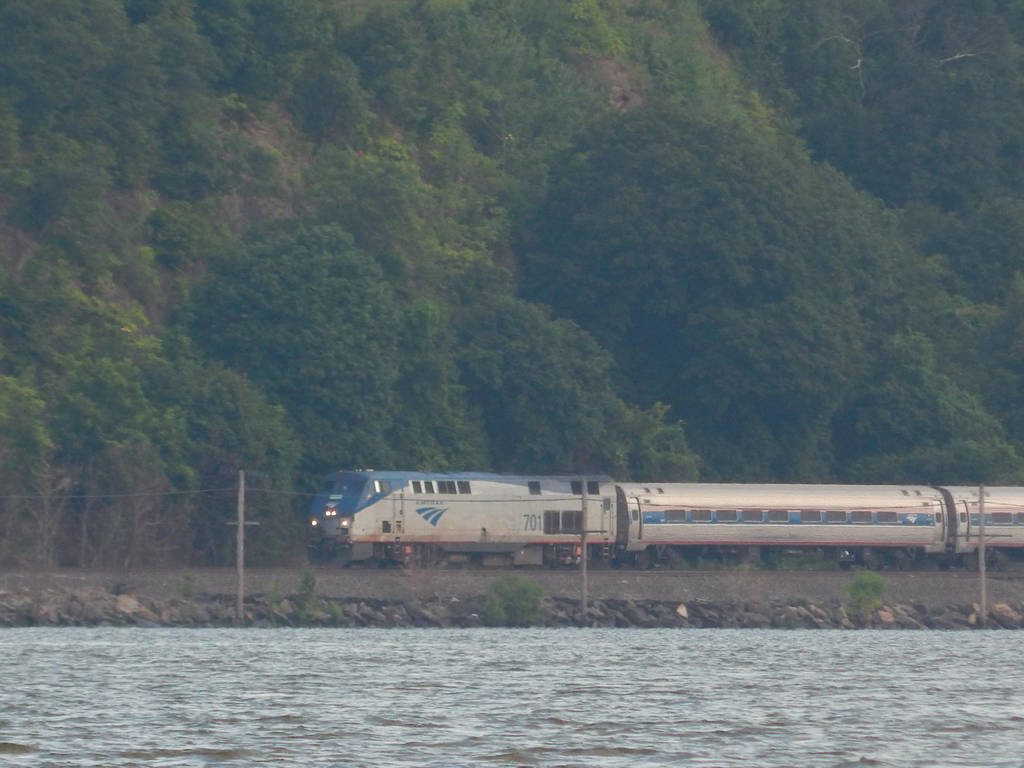 Amtrak P32AC-DM #701 by Tracksidegorilla1