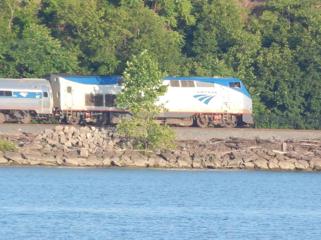 Amtrak P32AC-DM #717 by Tracksidegorilla1