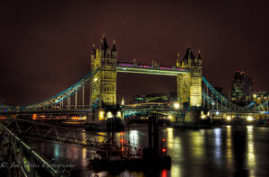 Tower bridge in full color. by MidagePhotographer