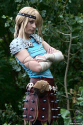 Astrid - are you good enough? by MikiyoOo