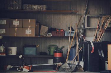 Garage by kleinerteddy