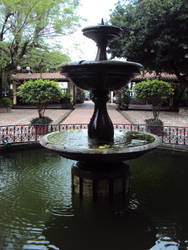Yes, a fountain by dianerz817