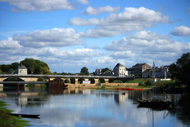 Chinon by Guilou