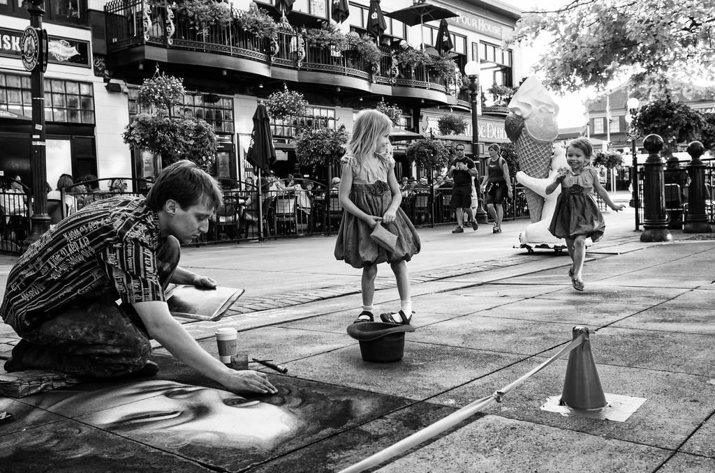 Dancing to Da Vinci by ZiaulKareem