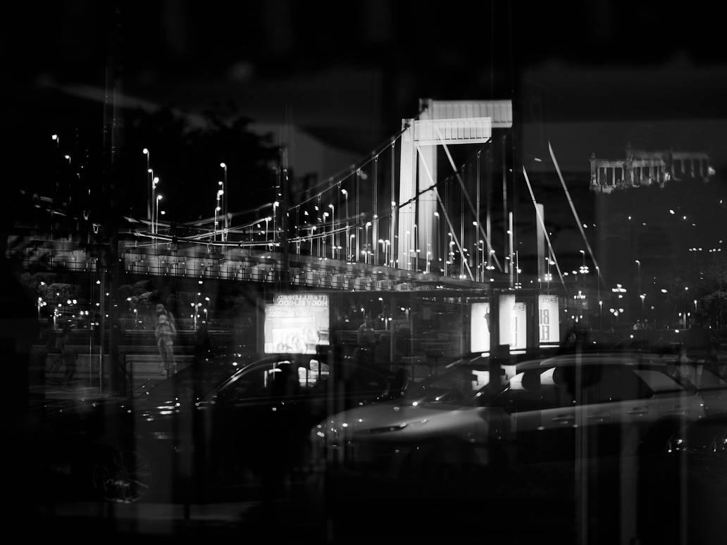 Budapest reflection by zoltandragon