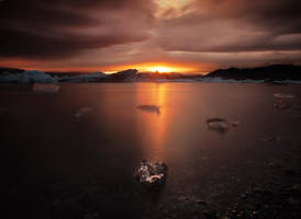 The inflamed ice by landscapes-flake