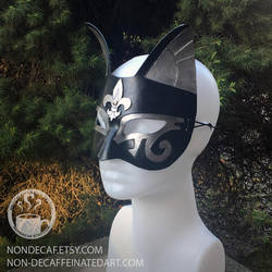 Fleur-de-lis Egyptian Cat Mask style 2 by nondecaf