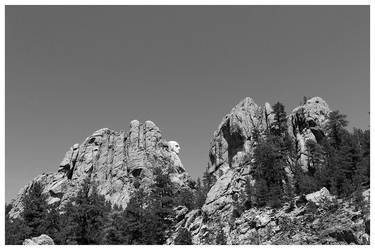 Mt. Rushmore-BW by sgraves