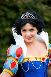 Snow White jewels by Miwako-cosplay