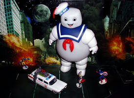 The Stay Puft Marshmellow Man 2 by CyberDrone2-0