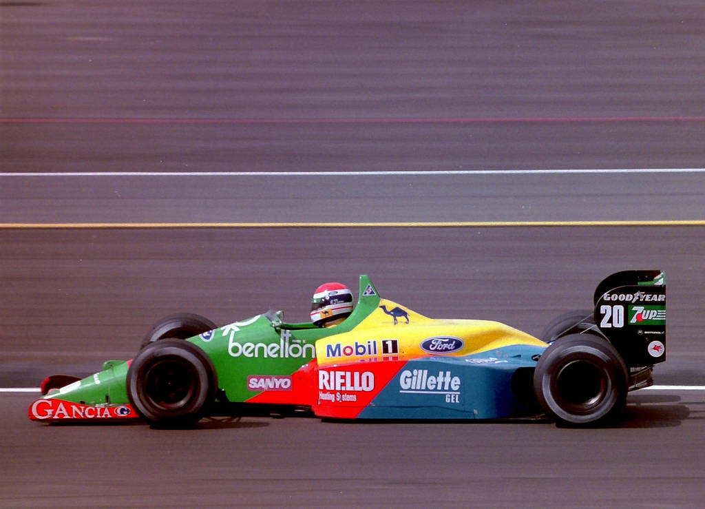 Emanuele Pirro (Great Britain 1989) by F1-history