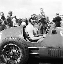 Alberto Ascari (Great Britain 1953) by F1-history