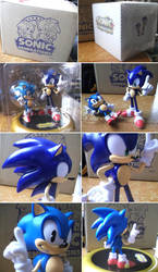 Sonic Figure by EAMZE