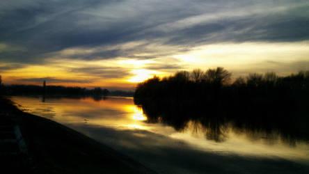 Psykopaint: Winter sunset on river by Shannon1000