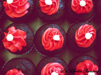 Devils Cupcakes by LesEtoilesLumiere