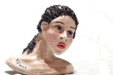 First Bust Sculpture by Cecilia-Pekelharing
