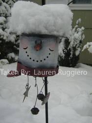 snow on snowman hat by LoreSakurachan