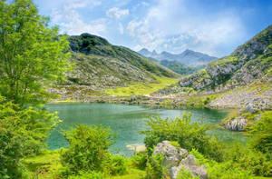Lagos de Covadonga by onicomicosis