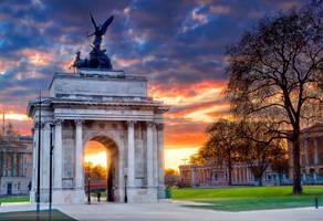 London by onicomicosis