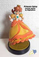 Princess Daisy (Custom amiibo) by mightymola