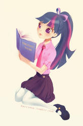 Twilight and her book by Kerriwon
