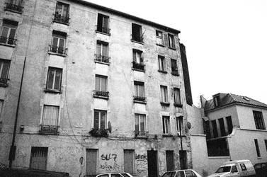 Banlieu, Paris by feedyoulight