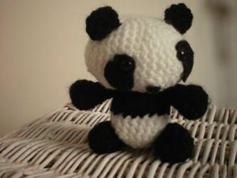 Amigurumi Panda by geekyfrancy