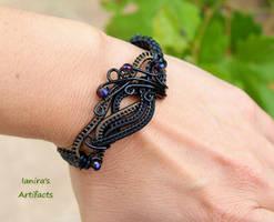 Black wire wrapped leather macrame bracelet by IanirasArtifacts