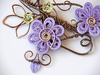 Wire wrapped necklace with quilling paper flowers by IanirasArtifacts